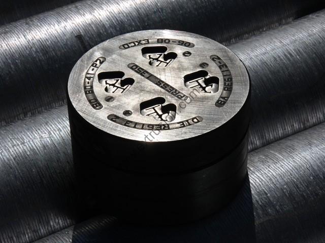 Матрица для экструзии алюминиевого профиля